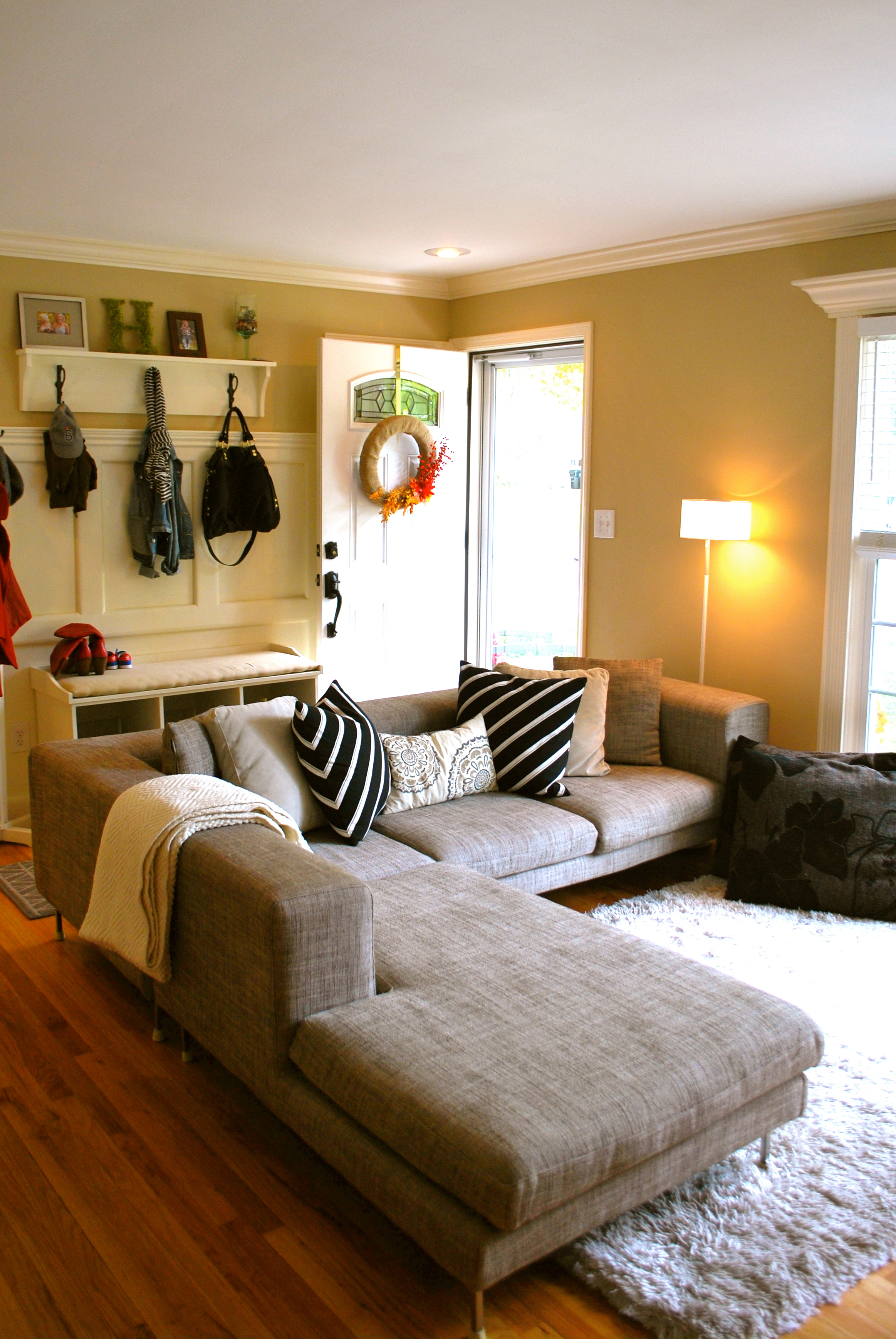 Neutral living room design the suburban urbanist for How to design a small living room