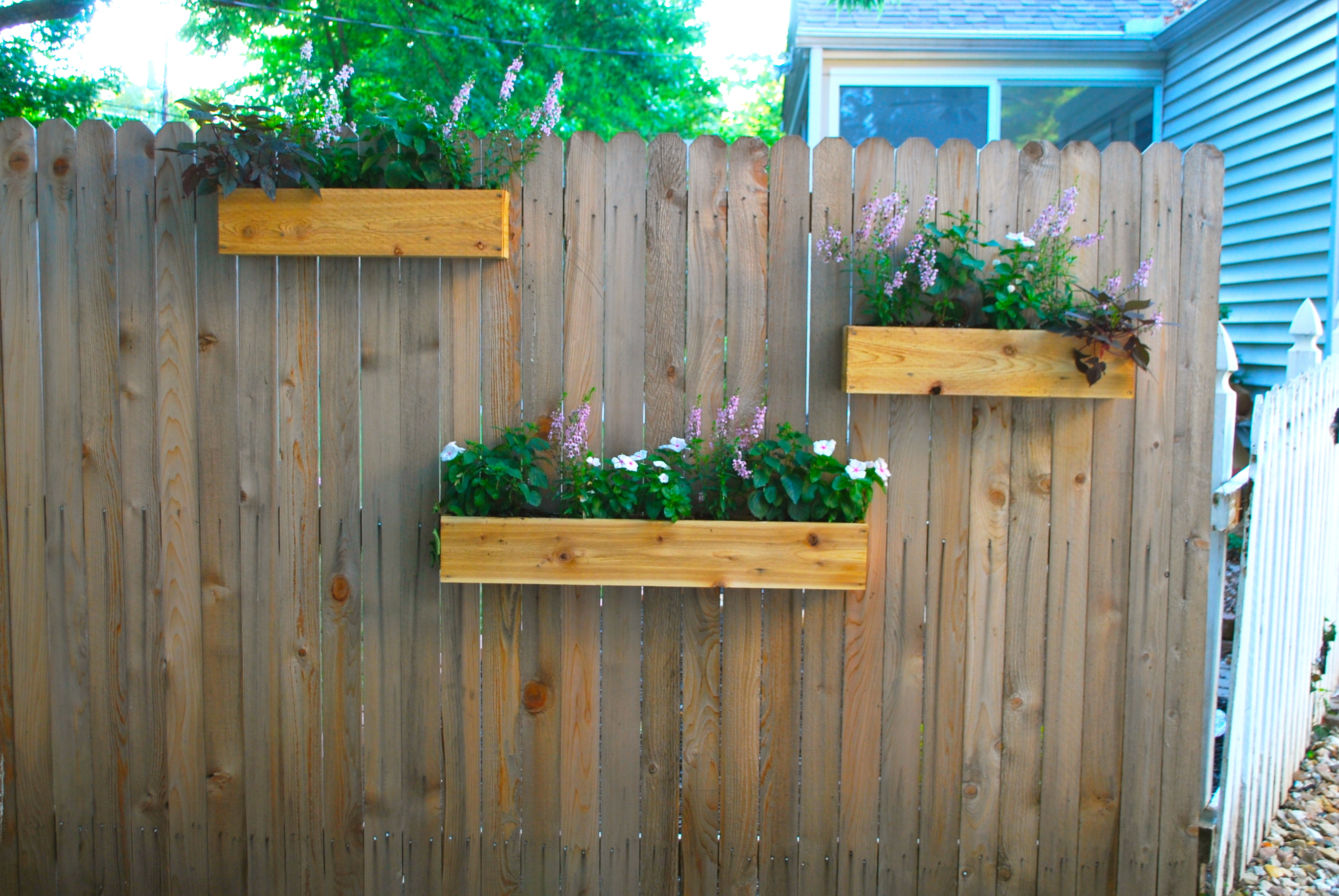 Yard Update And Diy Cedar Planter Boxes The Suburban